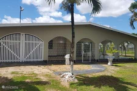 Vakantiehuis Suriname – stadswoning Casa la Luz
