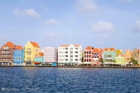 Wandelen door historisch Willemstad