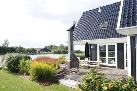 Vacation rental Netherlands, Friesland, Grouw – villa Villa Icarus