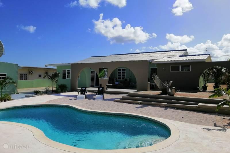 Vakantiehuis Curaçao, Curacao-Midden, Dominguito Bungalow Casa Uva Verde