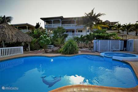 Vakantiehuis Curaçao, Banda Ariba (oost), Jan Thiel appartement Waikiki Apartment Jan Thiel (App 2p)