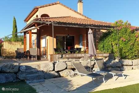 Vacation rental France, Ardèche, Vallon-Pont-d'Arc villa Villa Acacia no.78