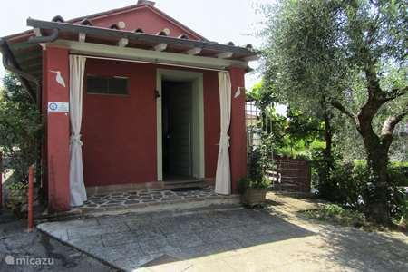 Vakantiehuis Italië, Toscane, Camaiore chalet Il Ritiro
