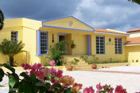 Vacation rental Bonaire, Bonaire, Santa Barbara bed & breakfast DeLuxe Suite with Jacuzzi