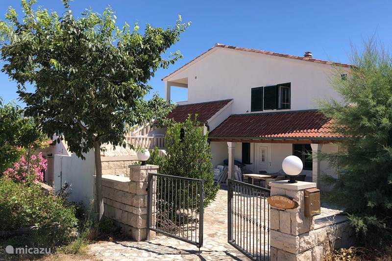 Vacation rental Croatia, Brac, Povlja Apartment Villa Maral Povlja on Brac App 1