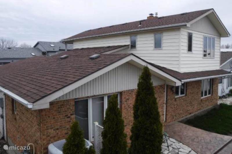 Vacation rental Canada, Ontario, Chatham-Kent Holiday house Lone Pine Cottage