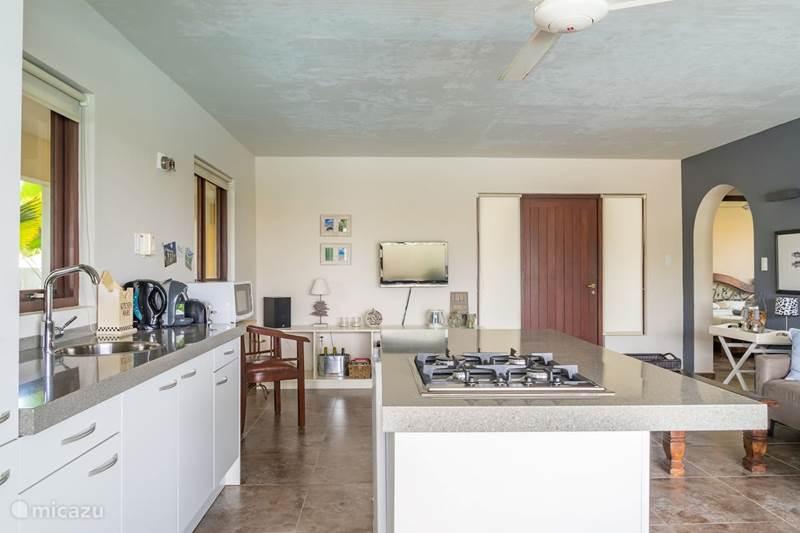 Vakantiehuis Curaçao, Banda Abou (west), Grote Berg Appartement Mooi appartement met zwembad