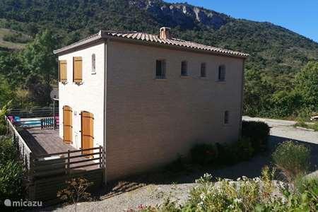 Vakantiehuis Frankrijk, Aude, Massac vakantiehuis Le Passié, lichte villa in de natuur