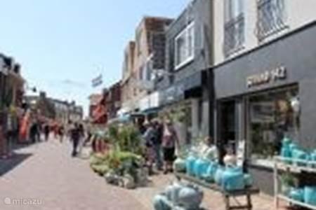 Shopping in Egmond