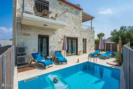 Vacation rental Greece – villa Villa Rebecca