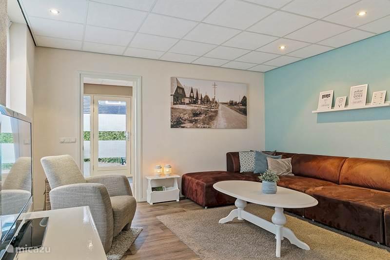 Vakantiehuis Nederland, Friesland, Bakkeveen Vakantiehuis Sfeervolle groepsaccommodatie 16pers