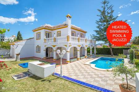 Vacation rental Spain, Costa del Sol, Benalmádena villa heated swimming pool+jacuzzi+beach