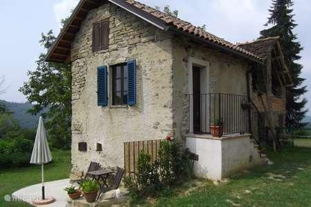 Vakantiehuis Italië, Piëmont, Murazzano appartement Casavabene huisje Casa Rustico