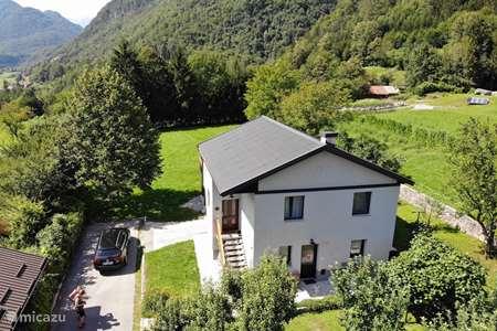 Vacation rental Slovenia – holiday house Hisa Smast