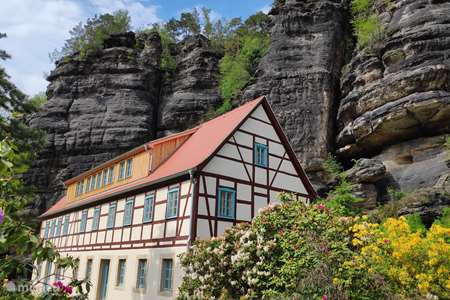 Vakantiehuis Duitsland, Saksen, Rosenthal-Bielatal appartement Felsenkeller Bielatal Rosengarten