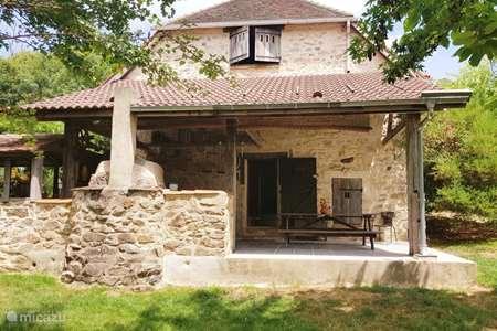 Vacation rental France – holiday house Les Chambaudies charming