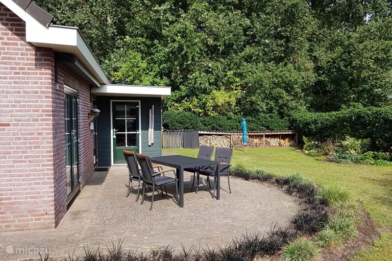 Vakantiehuis Nederland, Gelderland, Hulshorst (Veluwemeer) Vakantiehuis Dol-fijn huisje