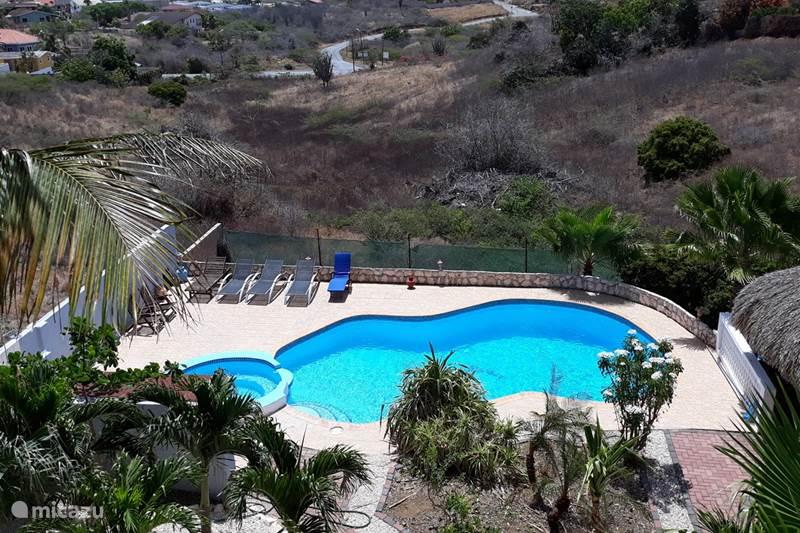 Vakantiehuis Curaçao, Banda Ariba (oost), Jan Thiel Appartement Waikiki Apt.Jan Thiel (Apt 6 pers)