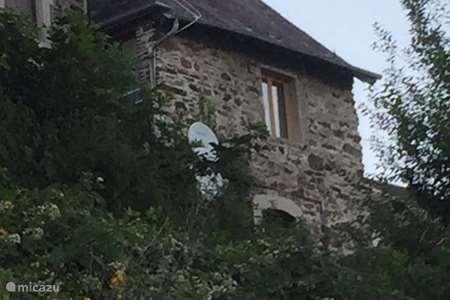 Vakantiehuis Frankrijk, Franse Ardennen – gîte / cottage 17e eeuws pandje aan de Maas