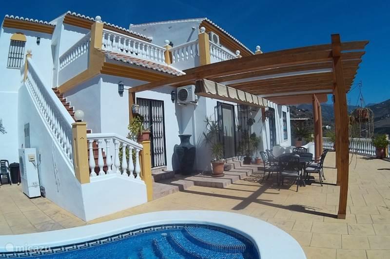 Vakantiehuis Spanje, Costa del Sol, Sayalonga Villa Casa Mango midden in de natuur/rust