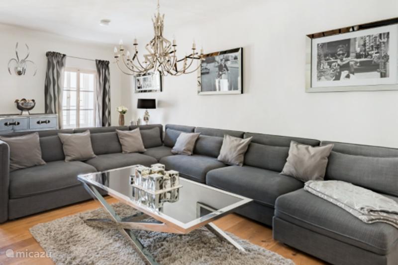 Vacation rental Austria, Salzburgerland, Salzburg  Penthouse Luxury Penthouse