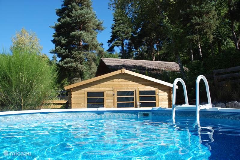 Vacation rental France, Cantal, Beaulieu Chalet Holiday home 'Les Étoiles'