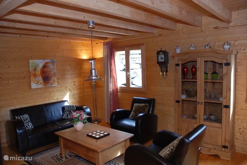 Vakantiehuis Frankrijk, Cantal, Beaulieu Chalet Vakantiehuis 'Les Étoiles'