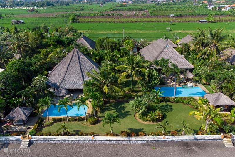 Vacation rental Indonesia, Bali, Lovina Villa BaliSeaVillas 5BR/BR 2 pools beach