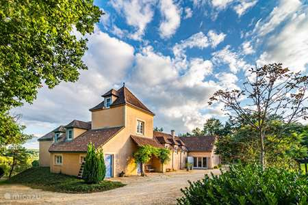 Vacation rental France, Dordogne, Clermont-de-Beauregard holiday house La Grande Maison