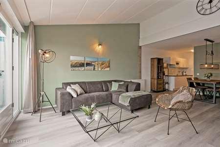 Vakantiehuis Nederland, Noord-Holland, Julianadorp aan Zee appartement 'Casa Sunny Balcony' Strandslag app