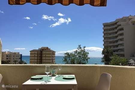 Vakantiehuis Spanje, Costa del Sol, Benalmádena studio Direct aan zee met mooi zwemparadijs