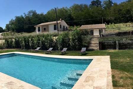 Vakantiehuis Italië, Marche, Petritoli - appartement Casa Bellini: Appartement Oliva