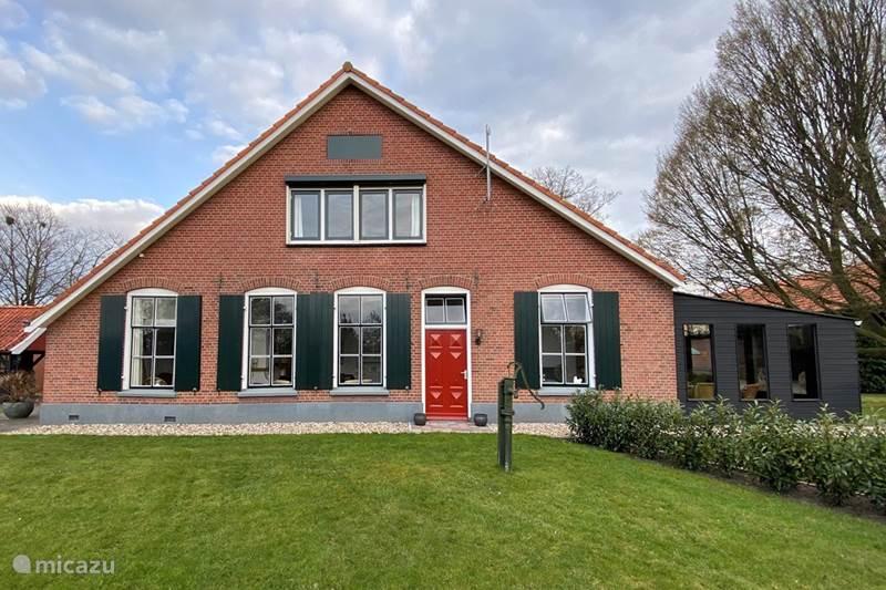 Vakantiehuis Nederland, Gelderland, Winterswijk Boerderij Luxe boerderij appartement