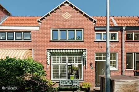 Vakantiehuis Nederland, Noord-Holland, Bloemendaal aan Zee stadswoning De halve maan