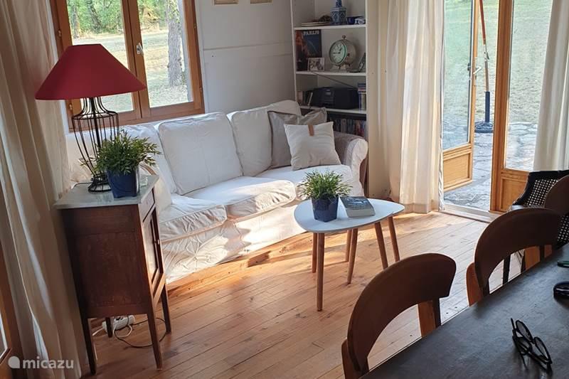 Vacation rental France, Lot, Montgesty Chalet La Fontaine