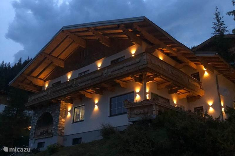 Vacation rental Austria, Salzburgerland, Muhlbach Apartment Chalet Landhaus Christl