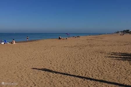 Heerlijk strand op loopafstand