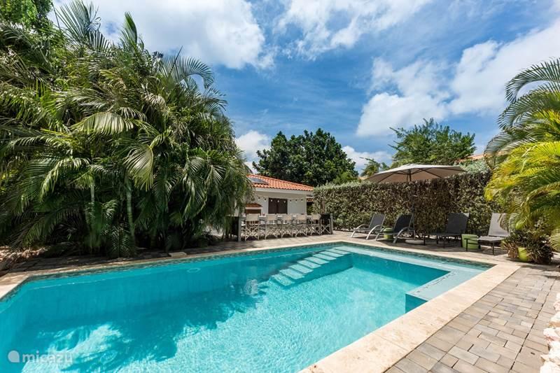 Vacation rental Curaçao, Banda Ariba (East), Jan Thiel Villa Villa Coconut