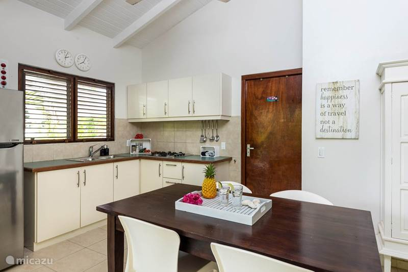 Vacation rental Curaçao, Banda Ariba (East), Jan Thiel Villa Villa Pineapple