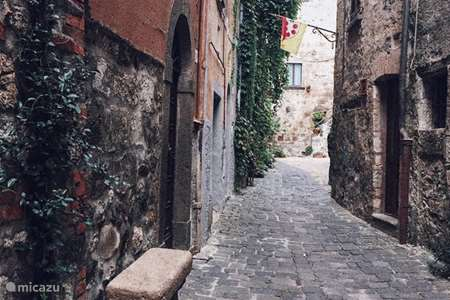 Vakantiehuis Italië, Meer van Bolsena, Bolsena stadswoning Donzellini