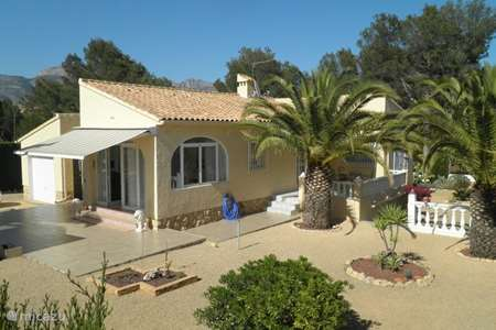 Vacation rental Spain, Costa Blanca, La Nucia - villa The Three Palms
