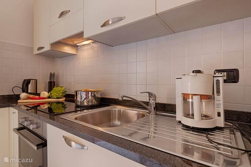 Vakantiehuis Italië, Comomeer, Acquaseria Appartement Nieuw: 3 bdrm villa a/h Comomeer