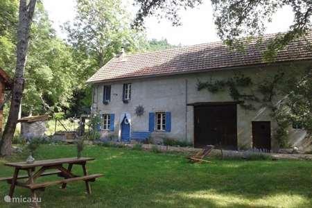 Vakantiehuis Frankrijk, Puy-de-Dôme, Gouttières gîte / cottage Fermette les Garachons
