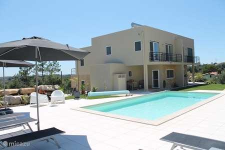 Vacation rental Portugal – holiday house Casa Gemeos