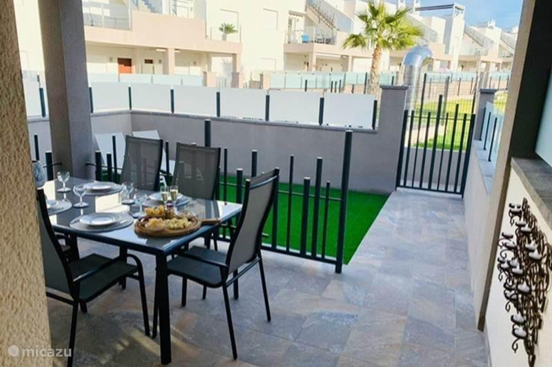 Vakantiehuis Spanje, Costa Blanca, Torrevieja Appartement Casa Beausezo, luxe appartement