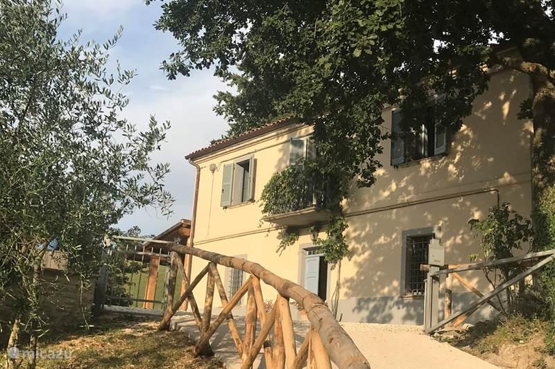 Vakantiehuis Italië, Marche, Sassoferrato Vakantiehuis Casa Rustico Italico