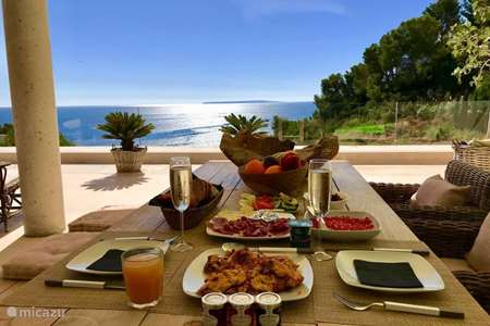 Vakantiehuis Spanje, Ibiza, Ibiza Stad appartement Casa Feliz