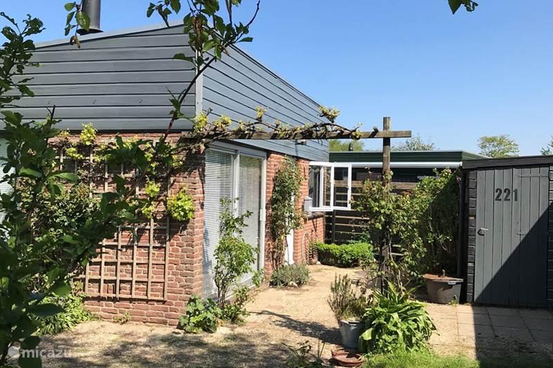 Vakantiehuis Nederland, Zuid-Holland, Noordwijkerhout Vakantiehuis Bungalow 221