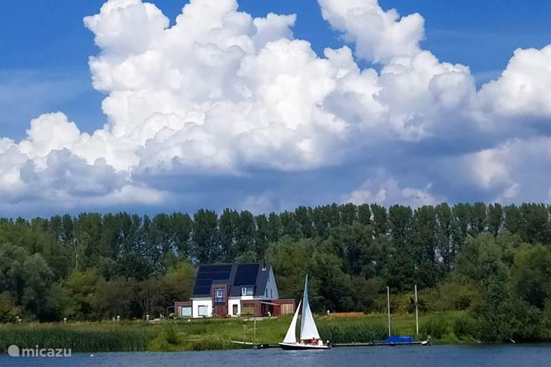 Vakantiehuis Nederland, Utrecht, Wijk bij Duurstede Vakantiehuis Unieke plek aan het water