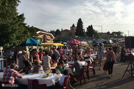 night markets in the lot